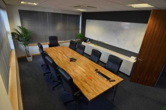 Boardroom02